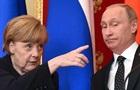 Меркель призвали потребовать освобождения Сенцова