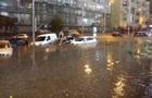 Центр Киева снова ушел под воду из-за ливня
