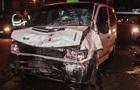 У Києві зіткнулися два авто: одна людина загинула, вісім поранені