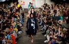 Неон и металлик: в Лондоне стартовала Неделя моды