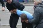 В Одесі городяни відбивали водія хлібовозки від копів
