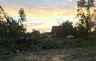 Потужний торнадо зруйнував будинки в столиці Канади