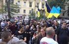 Порошенко доповів про ситуацію з активістами Одеси