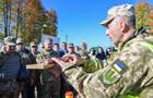 Порошенко обещает военным ООС зарплаты в 20 тысяч
