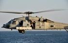 Военный вертолет упал на палубу авианосца США