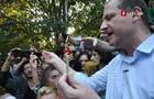 Кандидат у президенти роздавав косяки на мітингу за легалізацію