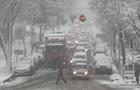 Снегопад в Украине: в ДТП погибли 11 человек
