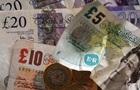 Британський фунт різко знизився через новини про Brexit