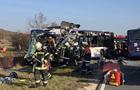 У Німеччині зіткнулися два шкільних автобуси: 19 постраждалих