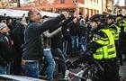 В Нидерландах задержали участников акции против помощника Святого Николая