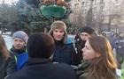 Поліція відпустила помічника Савченко