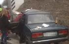 У Вінницькій області ВАЗ врізався в міст: троє загиблих