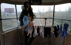 Одесситка в знак протеста сушила белье в трамвае