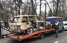 Під Раду привезли спалений автомобіль лідера  євробляхерів