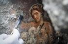 В Помпеях нашли сохранившуюся эротическую фреску
