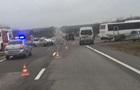 У Криму зіткнулися автобус і легковик, є жертви