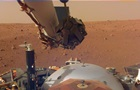 Двухметровая рука робота. NASA показало зонд InSight