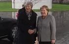 Мэй застряла в автомобиле перед встречей с Меркель