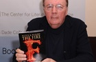 Forbes назвал самого высокооплачиваемого писателя