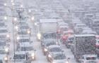 Непогода в Киеве: транспорт ходит не по графику