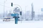 До Києва почали пускати вантажівки