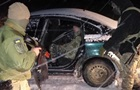 На Буковині з стріляниною затримали авто з п яним контрабандистом за кермом