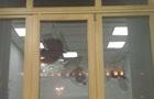 Полиция задержала мужчину, разбившего окно в КГГА