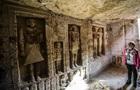 В Египте нашли нетронутую гробницу