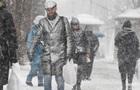 В Киеве из-за похолодания на выходных пострадали два человека