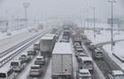 Снігопад в Україні: у Львівській області обмежили рух фур