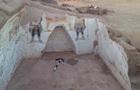 В Египте нашли гробницы, спрятанные в оазисе