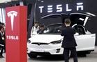 Tesla скоротить майже 3,5 тисячі співробітників