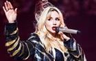 Лобода показала  голые  фото на концерте в РФ