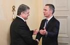 Порошенко зустрівся з генсеком НАТО