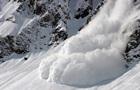 У Швейцарії лавина поховала 10 людей