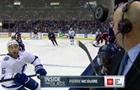 Во время матча НХЛ шайба чуть не попала комментатору в голову