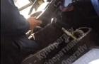 У Києві водії на ходу  ремонтують  маршрутки
