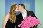 Известный актер развелся с избитой им женой