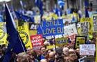 Британці вийшли на масовий марш через Brexit