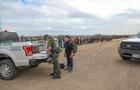 Більш як тисяча мігрантів йдуть Мексикою до США