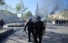 Желтые жилеты  в Париже: арестованы 249 человек