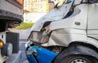 В Днепре пять человек пострадали при столкновении маршрутки и фуры