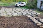 У Луганській області знайшли схованку з сотнями артснарядів