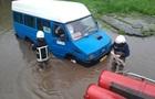 В Україні через ураган знеструмлені майже 150 населених пунктів