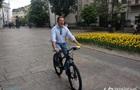 Ляшко приехал к Зеленскому на велосипеде