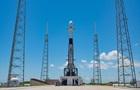SpaceX с третьего раза запустила ракету с 60 спутниками