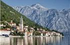 В Черногории введут штрафы за голый торс