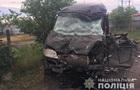 Под Одессой фура врезалась в микроавтобус: четверо пострадавших