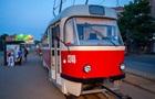В Днепре мужчина умер в трамвае