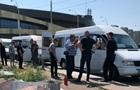 У Києві маршрутку закидали  коктейлями Молотова